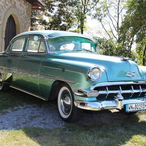 Chevrolet Deluxe 4-Door Sedan Serie Bel Air seitlich re