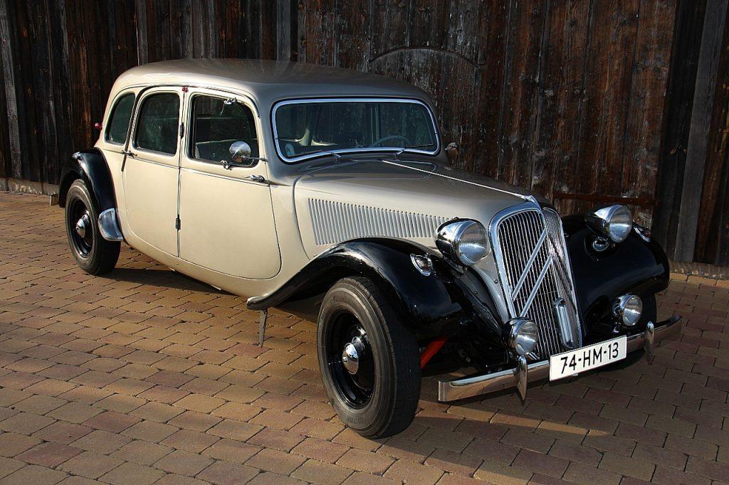 Citroën Traction Avant 11CV Oldtimer Erlebnis Bild 6