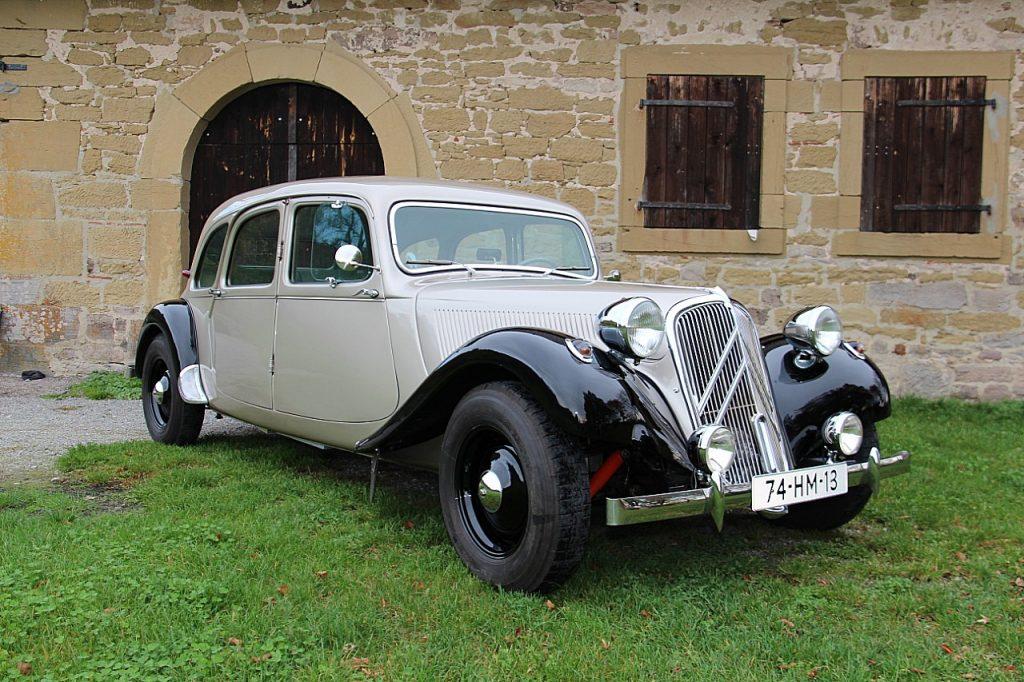 Citroën Traction Avant 11CV Oldtimer Erlebnis Bild 1