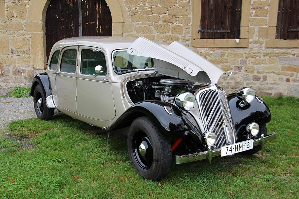 Citroën Traction Avant 11CV Oldtimer Erlebnis Bild 3