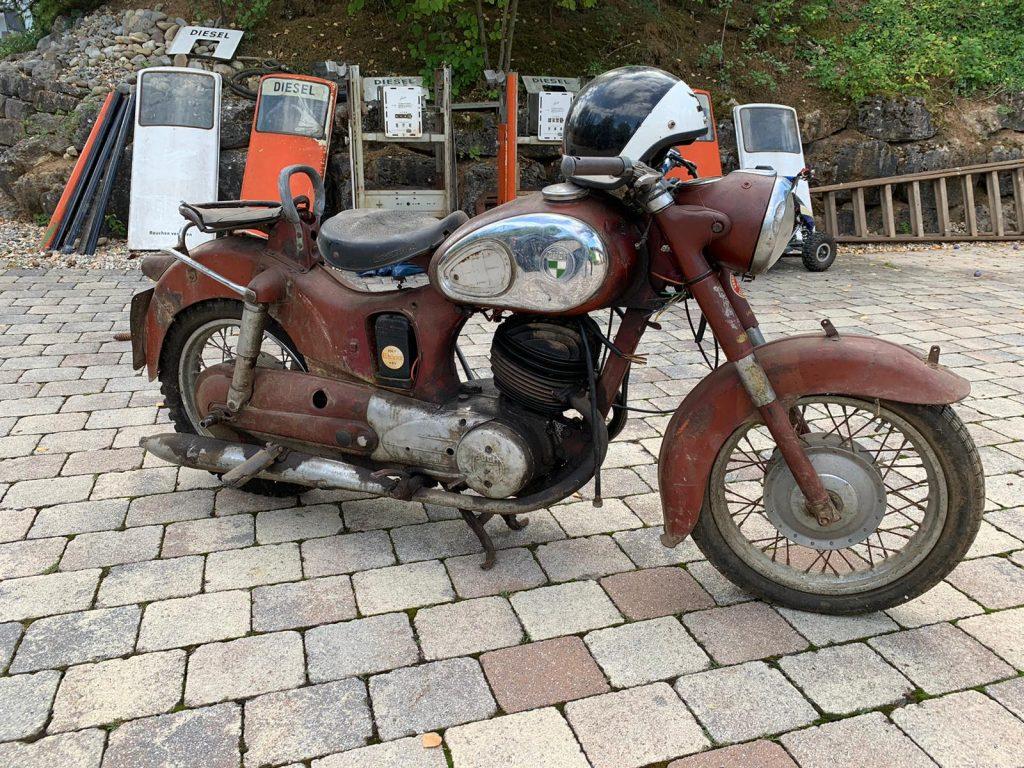 Puch-250-SGS-Baujahr-1954-Oldtimer-Erlebnis-12