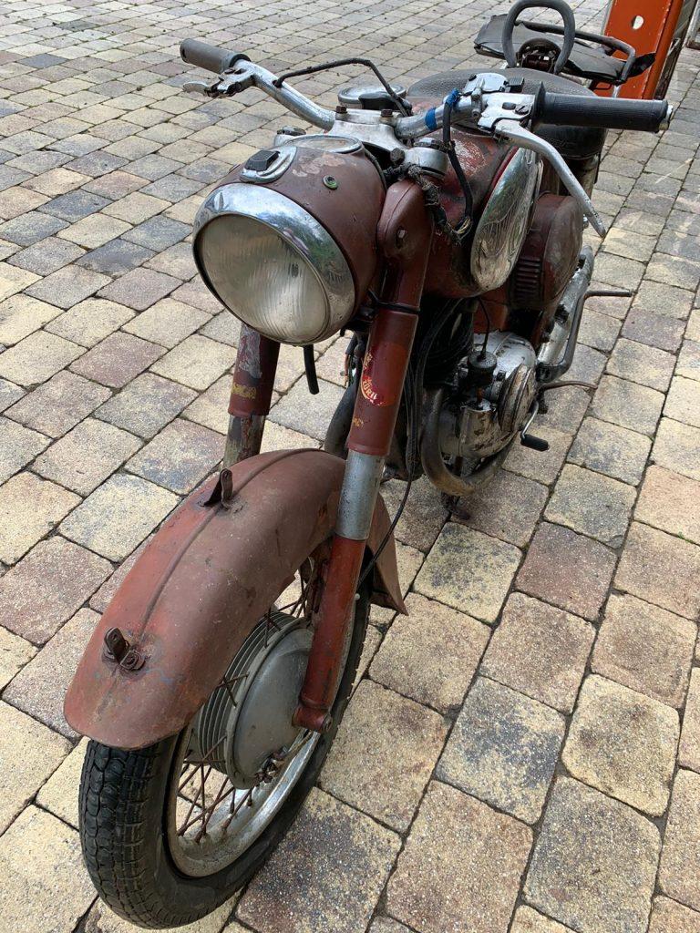 Puch-250-SGS-Baujahr-1954-Oldtimer-Erlebnis-4